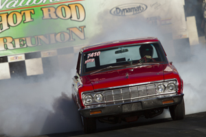 Smokin' down Beech Bend drag strip